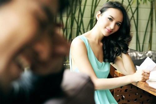 Hoa hậu Ngọc Diễm bất ngờ được 'tỏ tình'